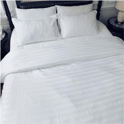 bộ chăn drap gối khách sạn